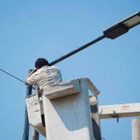 El gobierno apuesta a renovar 46.000 luminarias en un año