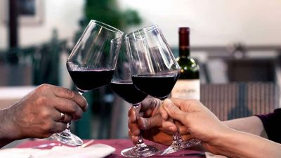 Durante la pademia, al vino le fue mejor que a las gaseosas