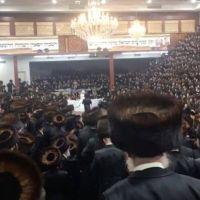 Coronavirus: escándalo en Nueva York por una boda judía ultraortodoxa con 7000 invitados