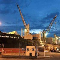 Resaltaron la importancia del puerto local