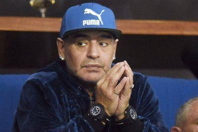 """""""Insuficiencia cardíaca aguda en un paciente con una miocardiopatía dilatada"""": de qué murió Diego Maradona"""