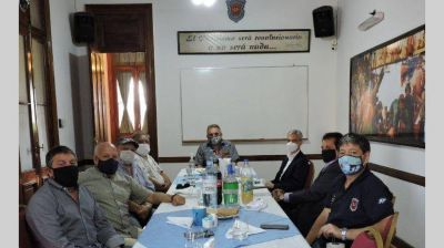 """Gremios portuario-marítimos se reunieron con el ministro Meoni por las """"problemáticas del sector"""""""