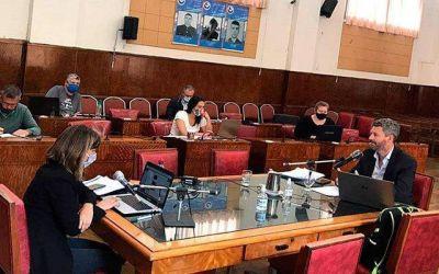 Presupuesto: duras críticas de la oposición tras el paso de Fernando Muro por la comisión de Hacienda