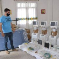 El intendente Ianantuony presentó importante equipamento sanitario