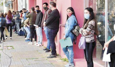 La difícil tarea de los jóvenes de conseguir empleo en la ciudad
