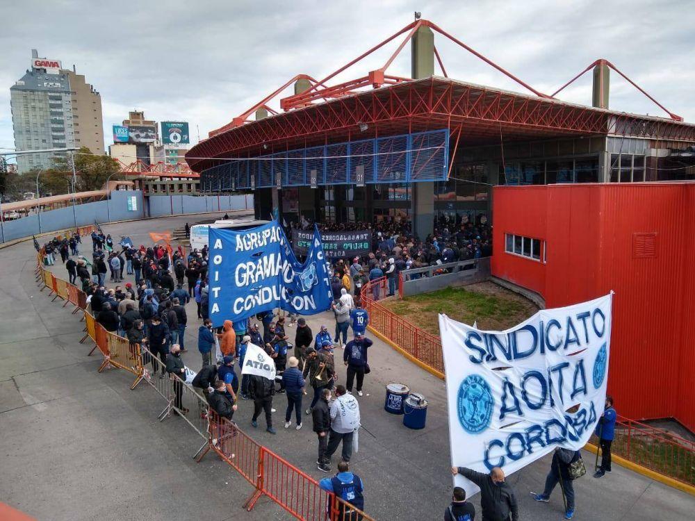 Interurbanos: Aoita convocó a una movilización para el miércoles 2