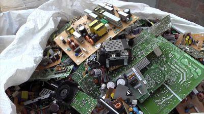 Continúan con la campaña de recolección de residuos eléctricos, electrónicos y pilas