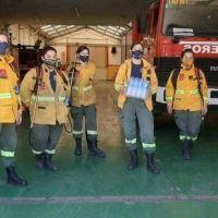 Los bomberos de Punta Alta reciben donaciones de agua mineral