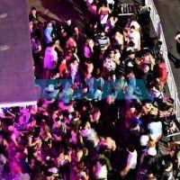 Descontrol sin fin en La Plata: fiestas clandestinas en un teatro y hasta enfrente del Ministerio de Seguridad