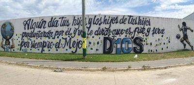 Uno de los murales más impresionantes de Maradona apareció en El Progreso