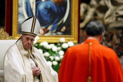 En un consistorio marcado por la pandemia, el Papa creó 13 nuevos cardenales