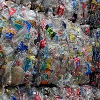 Coca-Cola suma una diversidad de voces a un diálogo plural sobre plásticos