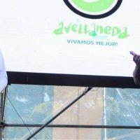 El intendente Alejo Chornobroff y Edgardo Depetri entregaron subsidios a clubes de barrio de Avellaneda