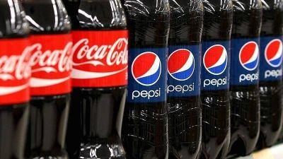 Pepsi adelanta a Coca-Cola en el uso de plástico reciclado
