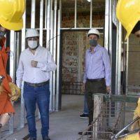 Moreira y Katopodis visitaron las obras del Hospital Municipal Thompson