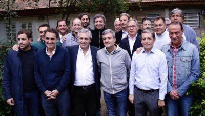Intendentes peronistas respaldaron el traspaso de fondos de Ciudad a Provincia