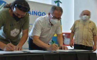 Ituzaingó: Pérsico y Descalzo firmaron convenio para la gestión de residuos sólidos urbanos