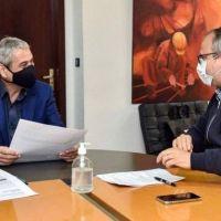 Valenzuela se reunió con el ministro Ferraresi por proyectos de urbanización para Tres de Febrero
