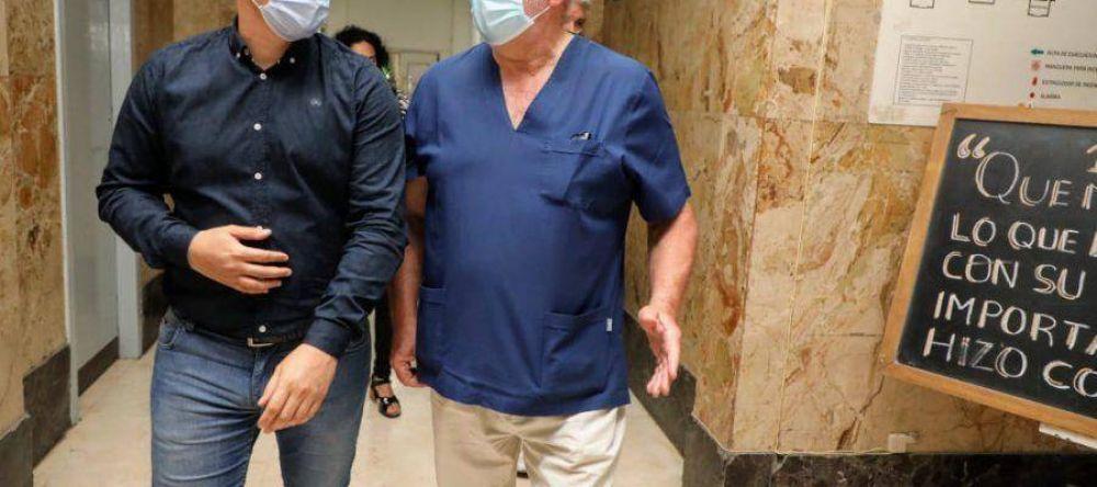 """El intendente Chornobroff junto al ministro Costa presentaron el Ciclo """"Arte que cura"""" en el Hospital Perón"""