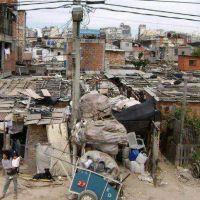 La pobreza en Argentina subió a 44,2% y alcanza a 18 millones de personas