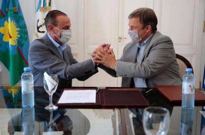 Cascallares firmó el convenio para la construcción del paso bajo nivel en la Rotonda