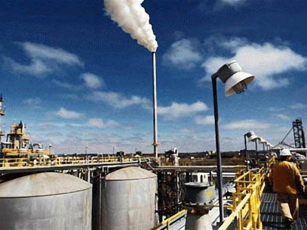 Las cámaras de biocombustibles acusan al gobierno de favorecer a las empresas petroleras