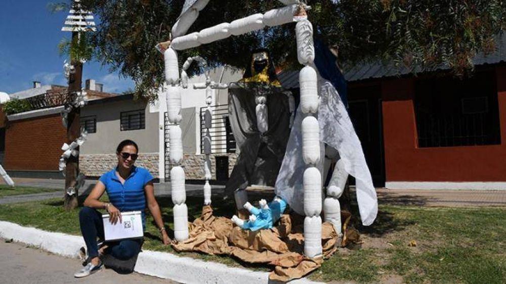 ReciclARTE, la propuesta navideña de unos vecinos para crear conciencia sobre el reciclado