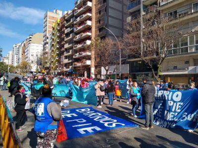 Barrios de Pie organizó una marcha hacia la sede de Desarrollo Social