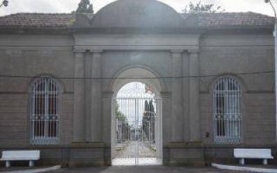 Dengue en Las Flores: Solicitan cambiar el agua de los floreros del cementerio por arena húmeda
