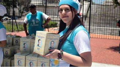 """Este viernes vuelve la feria de la FETRAES, con ofertas a precios populares y """"El Pan Dulce Peronista"""""""