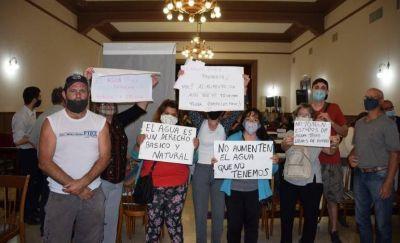 El Concejo Deliberante aprobó el aumento del agua, con votación dividida