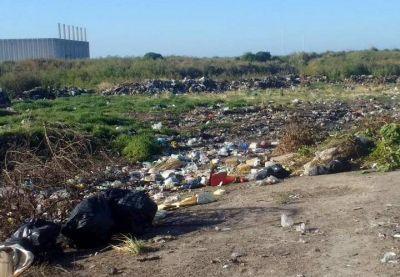 Vecinos de San Eduardo denuncian la existencia de un basural a cielo abierto