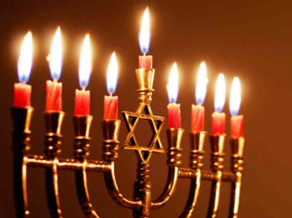 El mundo judío celebra Januke, la Fiesta de las Luces