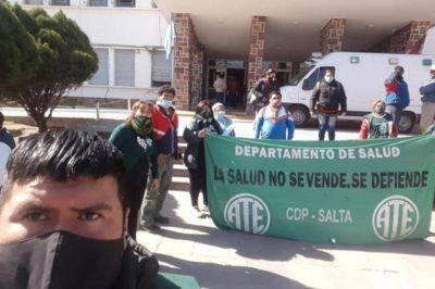 Ante la amenaza de un paro, Salud convocó a los gremios para el lunes