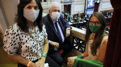 Vilma Ibarra, Ginés González García y Elizabeth Gómez Alcorta abren en el Senado el debate del aborto