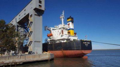 Se endurece el paro en los puertos y complica la liquidación de granos