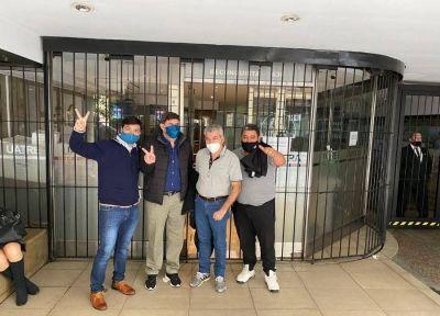 Revés judicial para Voytenco en Uatre: un fallo le ordena devolver cargos en Osprera
