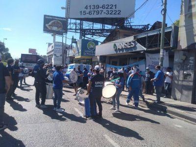 Protesta gremial frente a la ANSES de El Talar