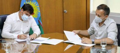 Avellaneda: Chonobroff firmó un convenio con Javier Lovera