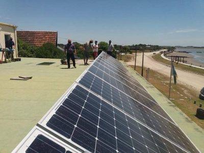 El CAV de Mar Chiquita se convirtió en la primera dependencia municipal prosumidora de energías renovables
