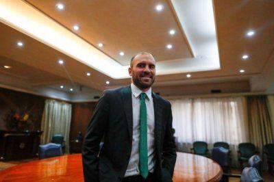 Pese a las críticas al Gobierno anterior, Martín Guzmán emite hoy por segunda vez deuda en dólares a una tasa del 16%