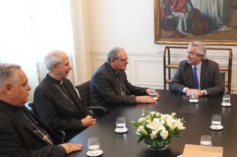 Disgustados, los obispos decidieron no ir a saludar a Alberto Fernández por la Navidad