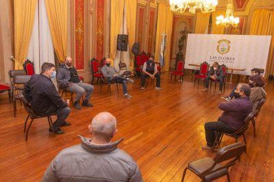 Integrantes de la comisión de emergencia se reunieron con comerciantes locales
