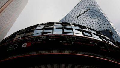 BMV y Biva cierran en rojo; sectores bancario y de consumo lideraron las caídas