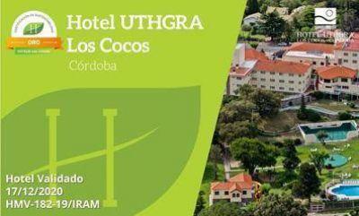El hotel UTHGRA Los Cocos recibió el certificado de Nivel Oro de hoteles sustentables