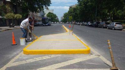 """Construyen cinco nuevos """"cruces seguros"""" en las calles de la ciudad"""