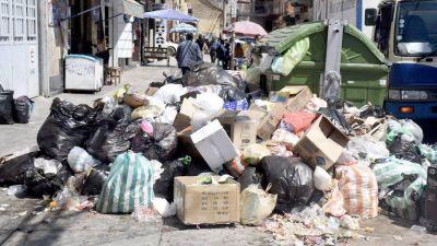 Cochabamba: La ciudad se inunda basura por bloqueos en el sur