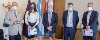 La UNC formalizó un acuerdo de cooperación con la Cámara de Comercio