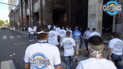 Custodios realizan bloqueos en Shopping Plaza Oeste y Unicenter contra empresa de Seguridad Privada