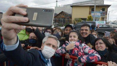 Alberto Fernández defiende la imagen de sus ministros, pero el problema es qué esconde la carga de CFK